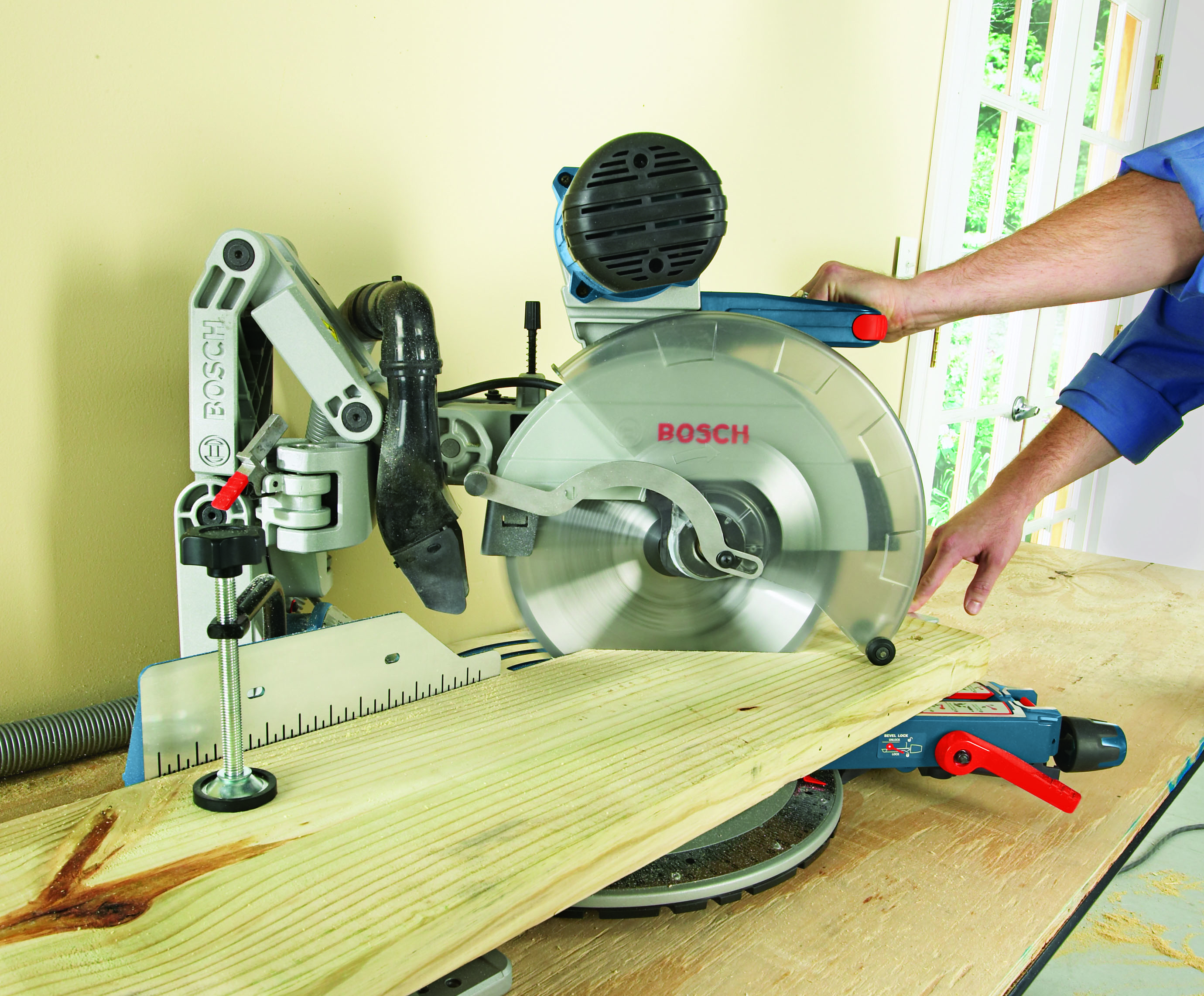 Gcm12sd 12 In Dual Bevel Glide Miter Saw Bosch Power