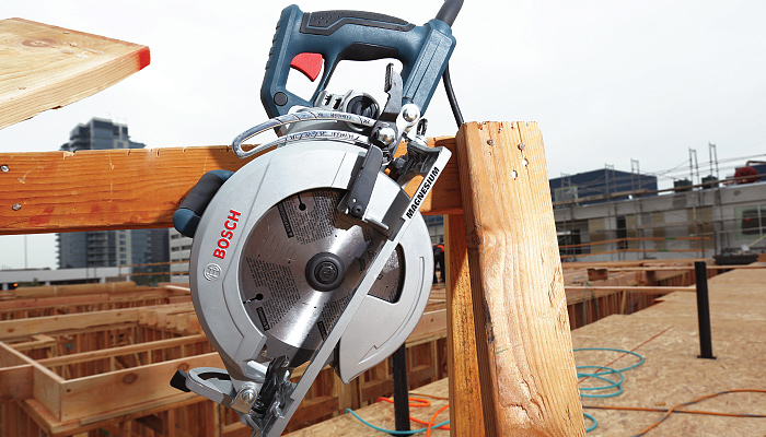 Circular Saws: The Worm Drive Turns